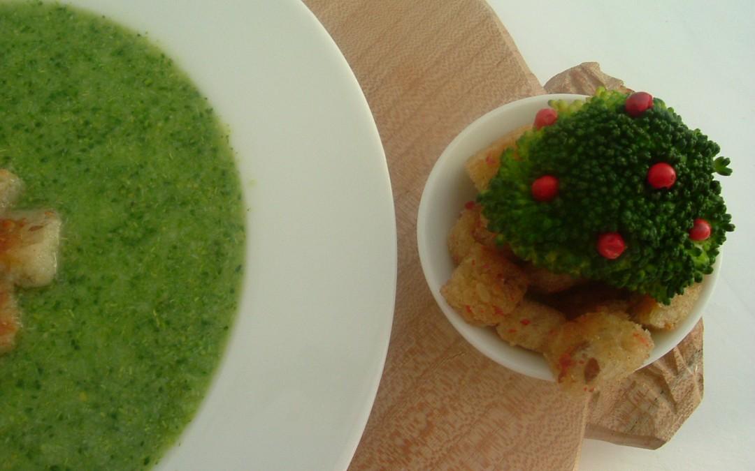 Crema de brócoli y puerro con crutones de pimienta roja