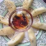 Manzana con sirope de arce y semillas de cáñamo